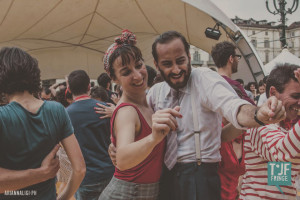 Social Lindy Hop dance